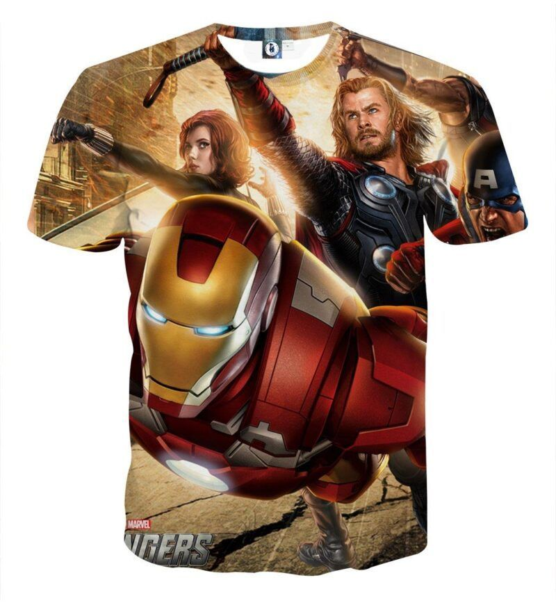 Marvel The Avengers Main Superheroes Fighting Swag T-Shirt