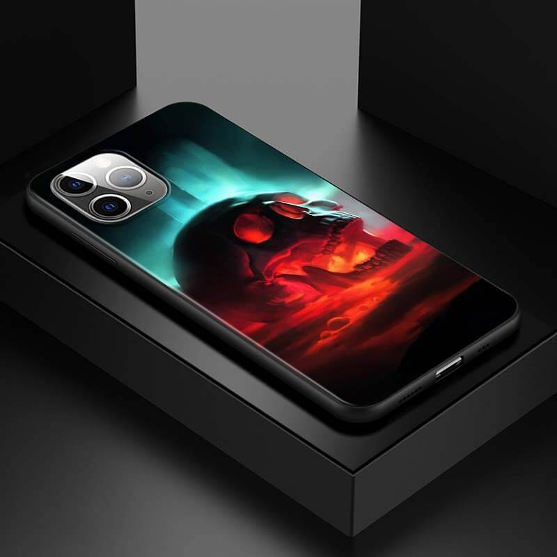 Skull Between Hot Lava & Blue Ice Awesome iPhone 12 Case